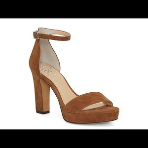Vince Camuto Sathina suede brown Sandal 🍁
